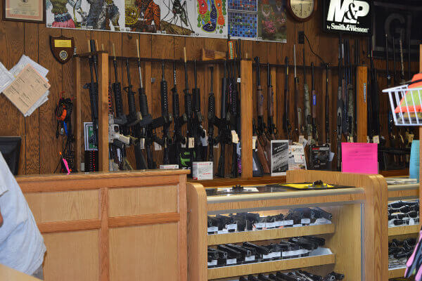 Wisconsin full-line indoor firing range and gun shop accept firearm transfers